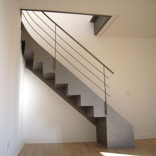 viertel gewendelte blechtreppe. Black Bedroom Furniture Sets. Home Design Ideas
